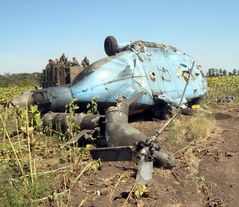 Mi-8 N62 yellow destroyed-007