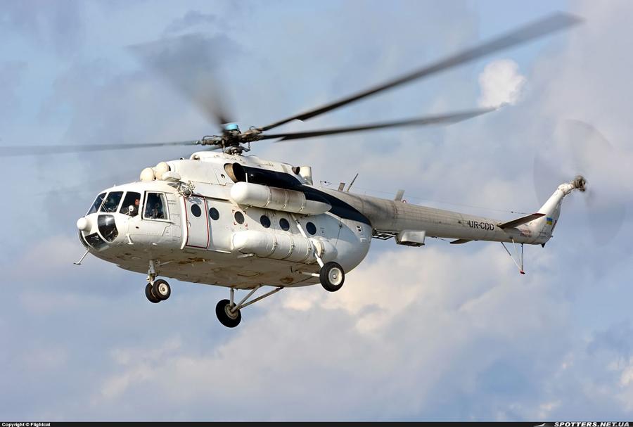 Mi-8 UR-CDD-001