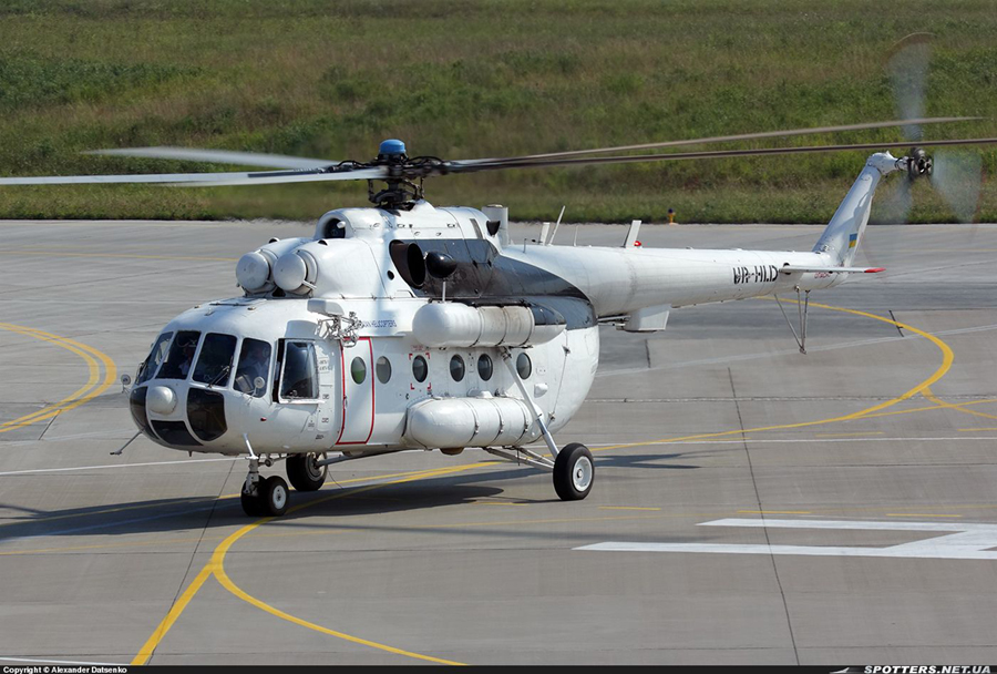 Mi-8 UR-HLD-001