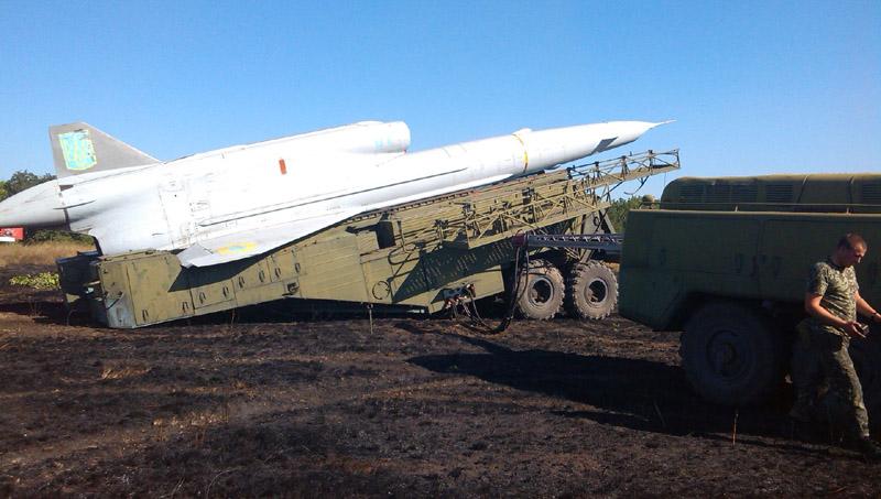 Tu-141-001
