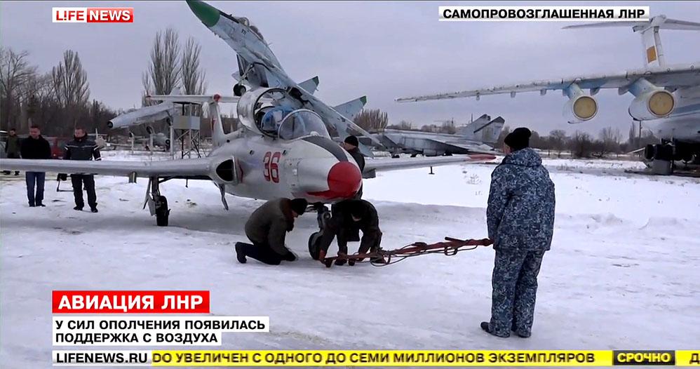 L-29 N 9 Black - 36 Red-002