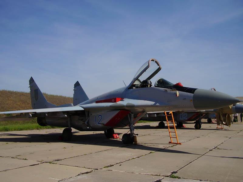 MIG-29 N12-001