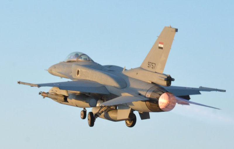 Египетские Rafale и F-16 наносят удары по исламистам в Ливии