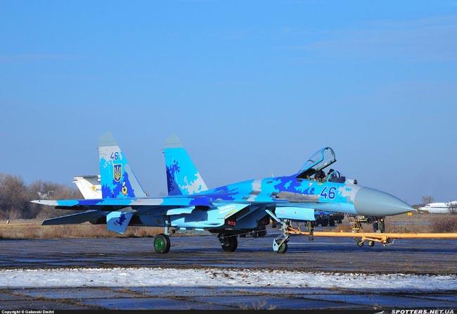 UkrAF Su-27-N46-002