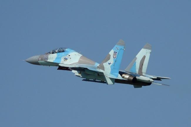 UkrAF Su-27-N74-002