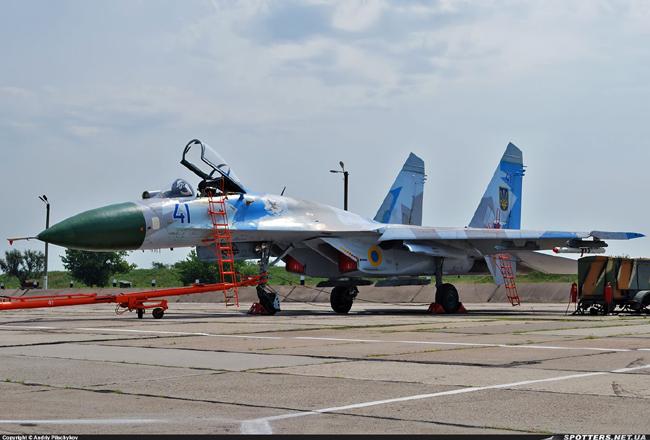 UkrAF Su-27-N41-003
