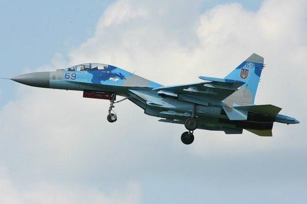 UkrAF Su-27-N69-007