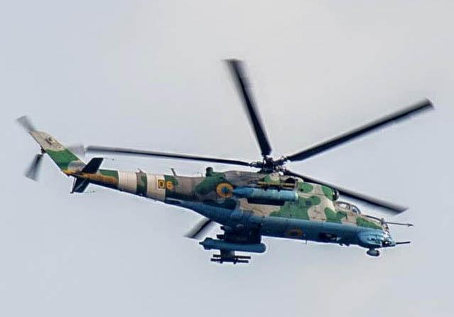 Mi-24 N06 yellow-001