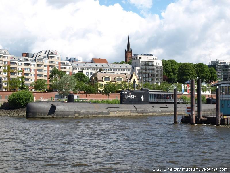 Hamburg Hafen-2015-05-30_005.jpg