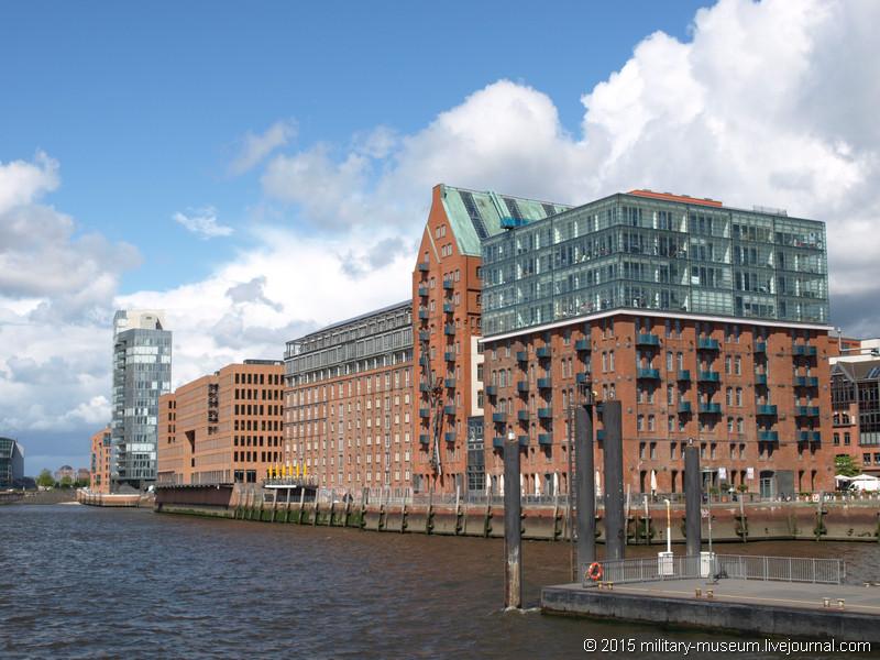 Hamburg Hafen-2015-05-30_007.jpg