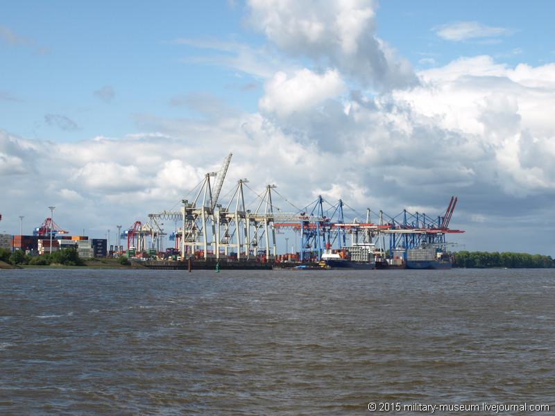 Hamburg Hafen-2015-05-30_012.jpg
