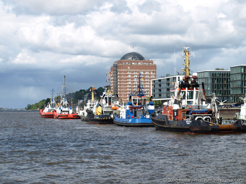 Hamburg Hafen-2015-05-30_016.jpg