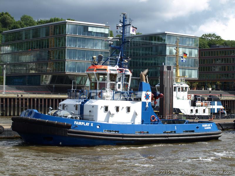 Hamburg Hafen-2015-05-30_018.jpg