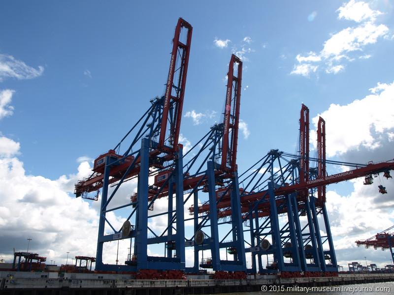 Hamburg Hafen-2015-05-30_037.jpg
