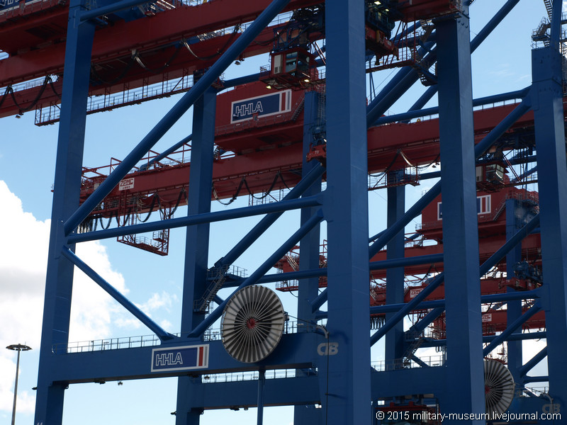 Hamburg Hafen-2015-05-30_039.jpg