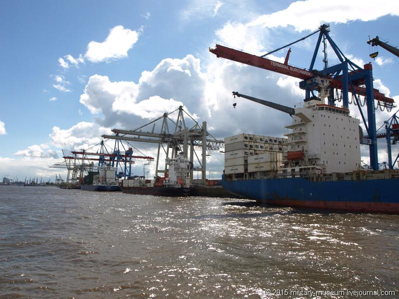 Hamburg Hafen-2015-05-30_045.jpg