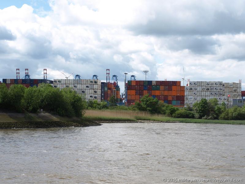 Hamburg Hafen-2015-05-30_051.jpg