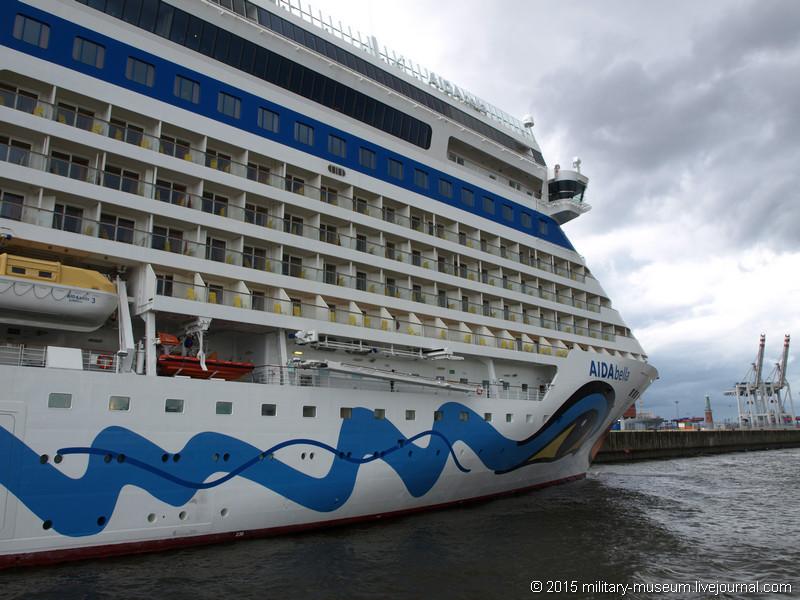 Hamburg Hafen-2015-05-30_075.jpg