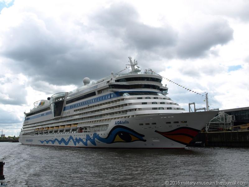 Hamburg Hafen-2015-05-30_079.jpg