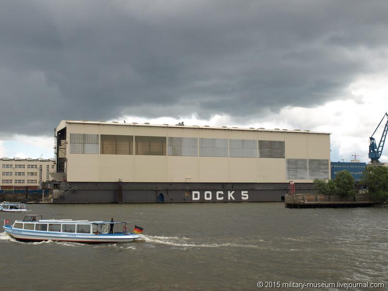Hamburg Hafen-2015-05-30_081.jpg