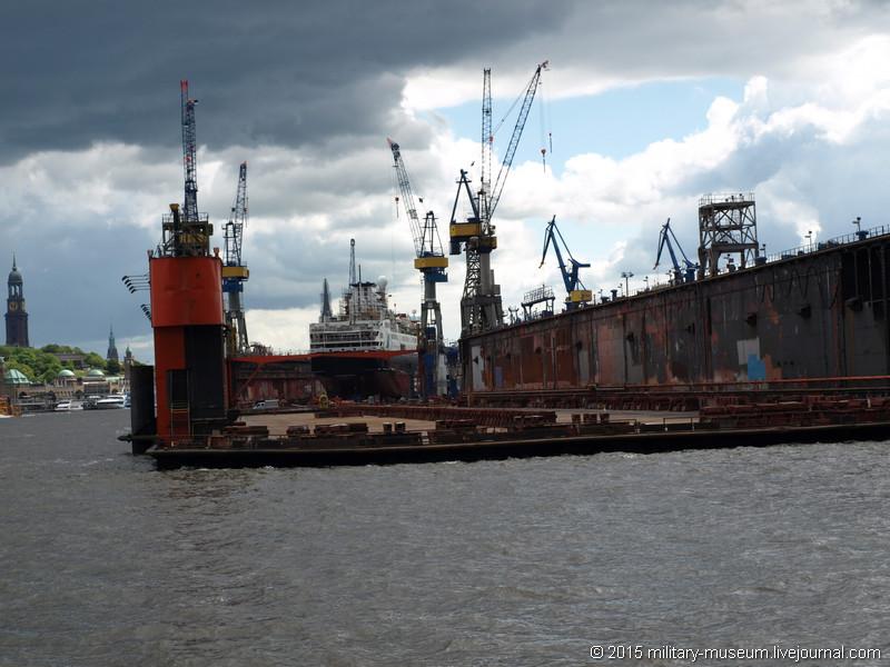 Hamburg Hafen-2015-05-30_089.jpg