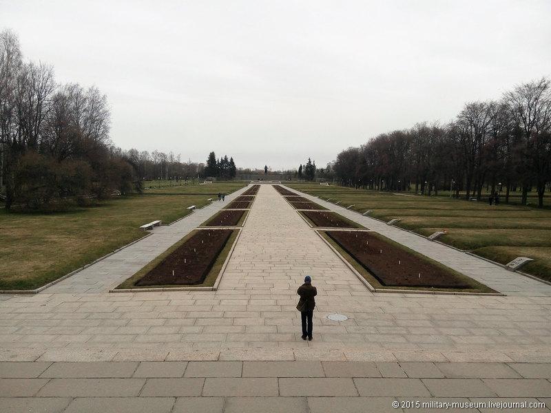 Piskarevka_Memorial_SPb-2015-04-26_004.jpg