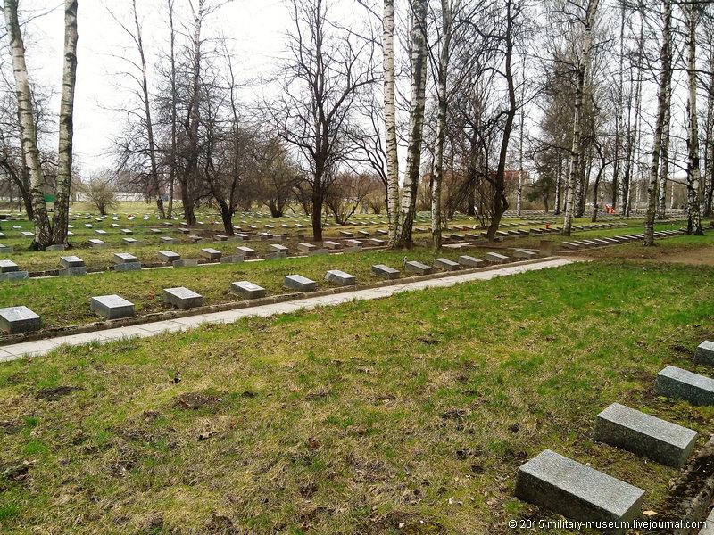 Piskarevka_Memorial_SPb-2015-04-26_020.jpg