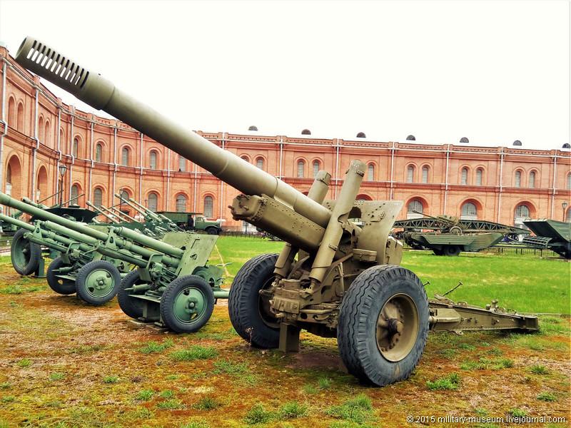 Artillery museum St. Petersburg-2015-05-02_046.jpg