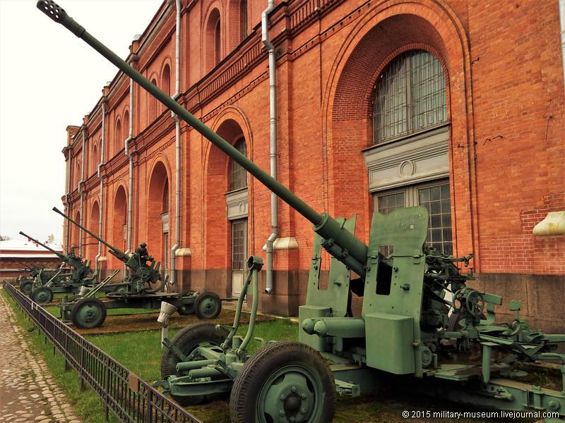 Artillery museum St. Petersburg-2015-05-02_074.jpg