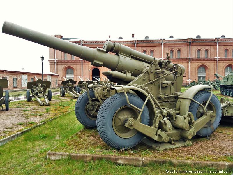 Artillery museum St. Petersburg-2015-05-02_102.jpg