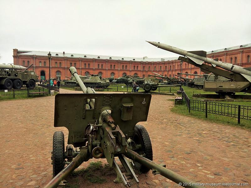 Artillery museum St. Petersburg-2015-05-02_365.jpg