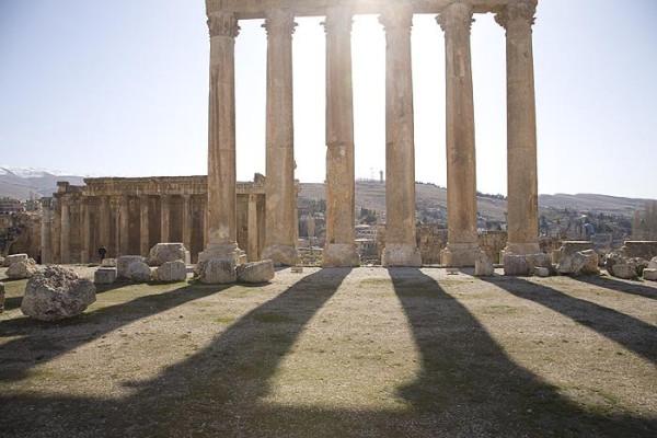 баа колонны храма Юпитера