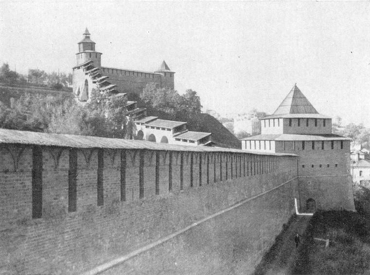 Часовая, Северная и Ивановская башни после реставрации