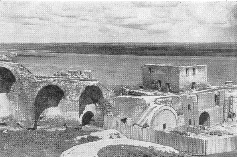 Ивановская башня. Начало реставрационных работ. 1952 г.