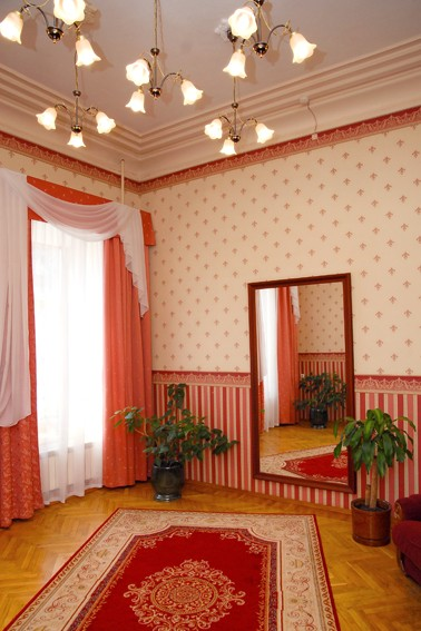 Дом Иконникова. Комната невесты