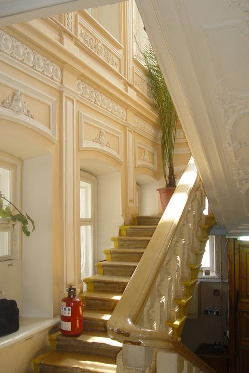 Дом Чеснокова . Лестница
