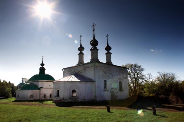 Входо-Иерусалимская и Пятницкая церкви. Суздаль