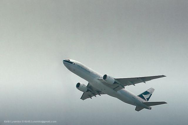 Boeing 777-267 cn27263-28 (B-HNC) Catay Pacific Hong Kong Chek Lap Kok 09-04-2011