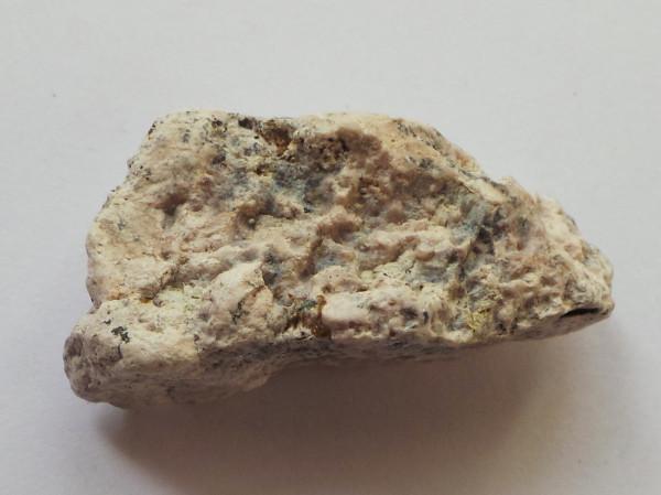 полилитионит