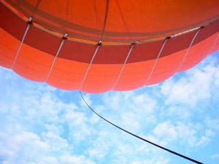 the_balloon_and_the_sky