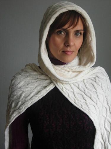 связать шарф-с капюшоном