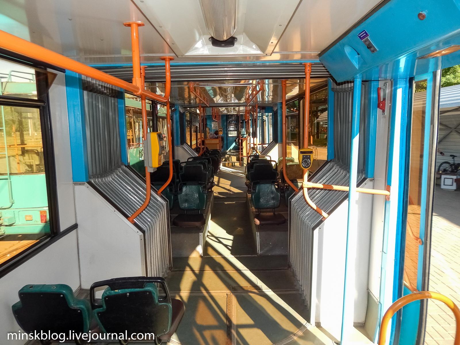 АКСМ-743. Самый редкий трамвай на планете собираются списать