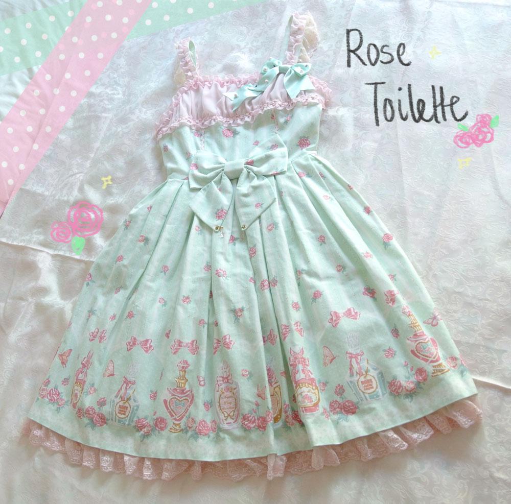 Rose-Toilette