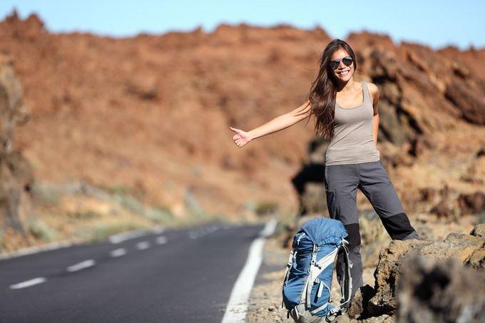 autostopas-vienas-is-populiariausiu-pigaus-keliavimo-budu-50642acc49a56