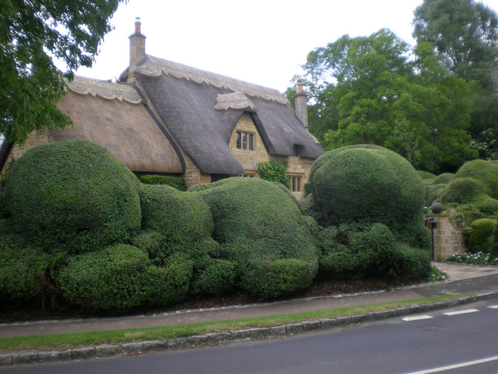 Devonshire_english_style_houses_17