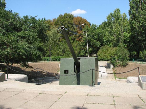 180-мм орудие