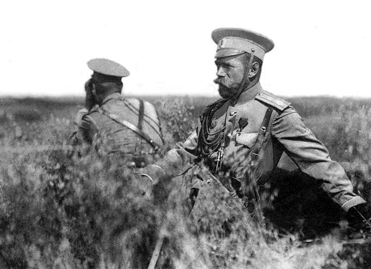 Император Николай II на маневрах. 1913 г