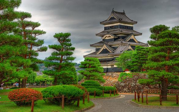 Zamok-Matsumoto_Matsumoto-Castle