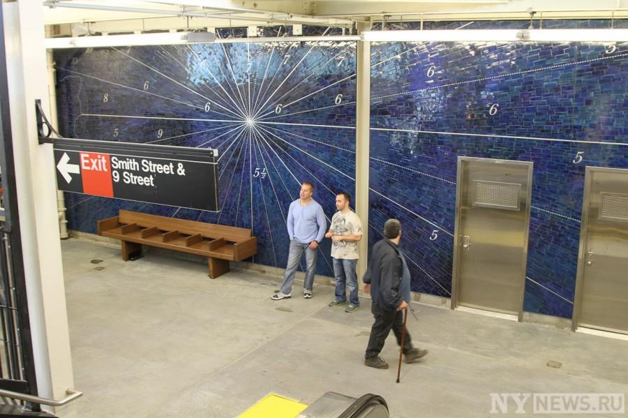 Мозаика на станции метро Smith 9 Street