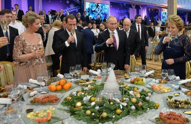 путинский корпоратив во время поста